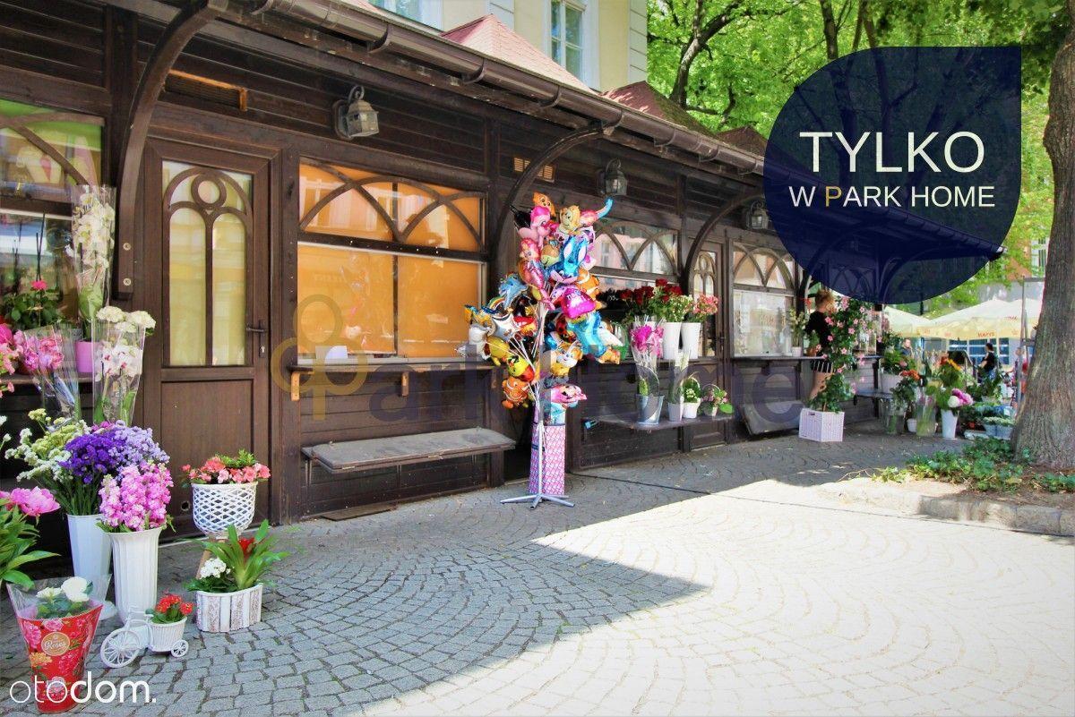 Lokal handlowo - usługowy w centrum - Stary Rynek