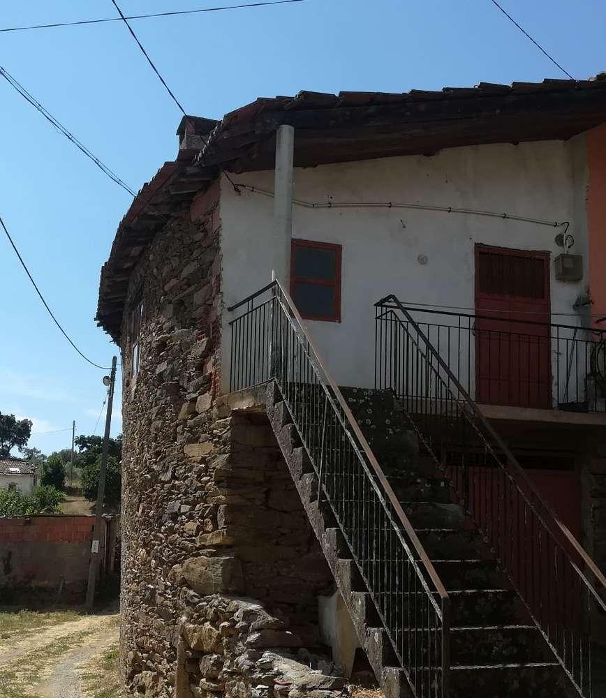 Moradia para comprar, Macedo do Mato, Bragança - Foto 1