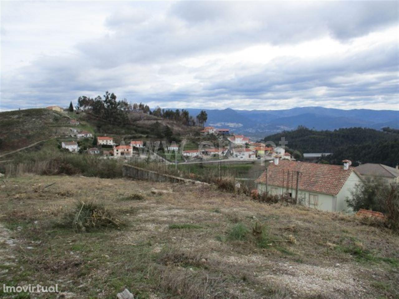 Terreno de construção com 432 m2 em Celorico de Basto