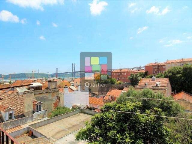 Prédio para comprar, Alcântara, Lisboa - Foto 1