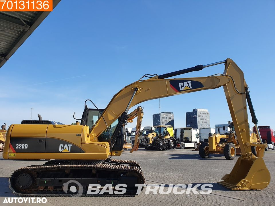 Caterpillar 320D NEW UNUSED - 4 units available - 6