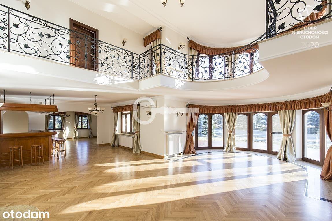 12 pokoi | 1000 m2 | Unikalna rezydencja