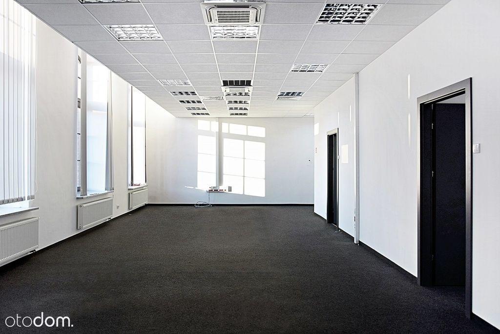 Biuro w prestiżowym biurowcu, z parkingiem