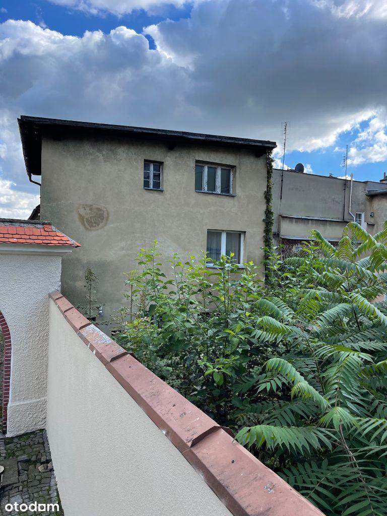 Sprzedam budynek mieszkalny w centrum Ząbkowic Śl.