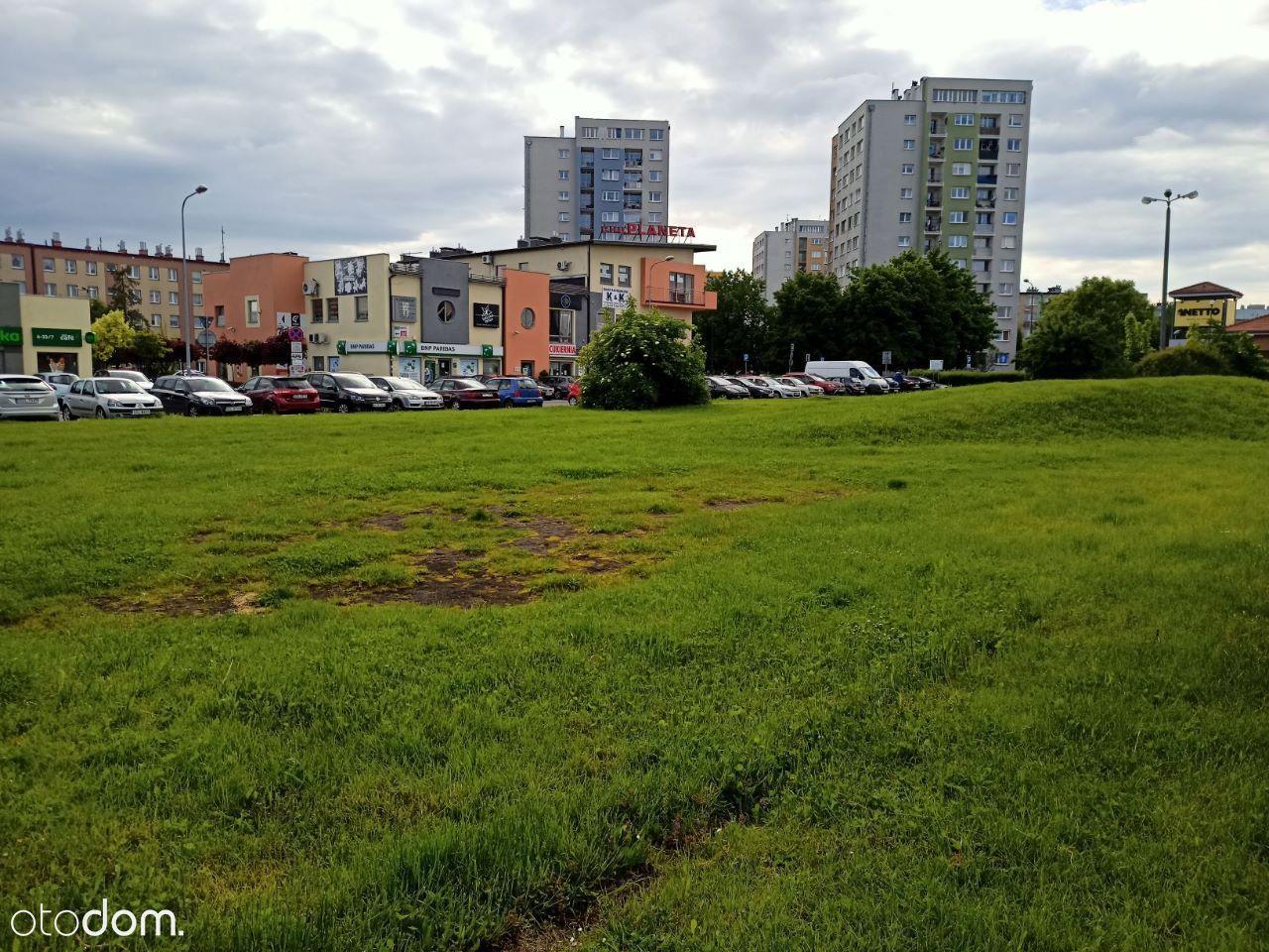 Nieruch. niezabudowana przy ul. 1 Maja w Knurowie