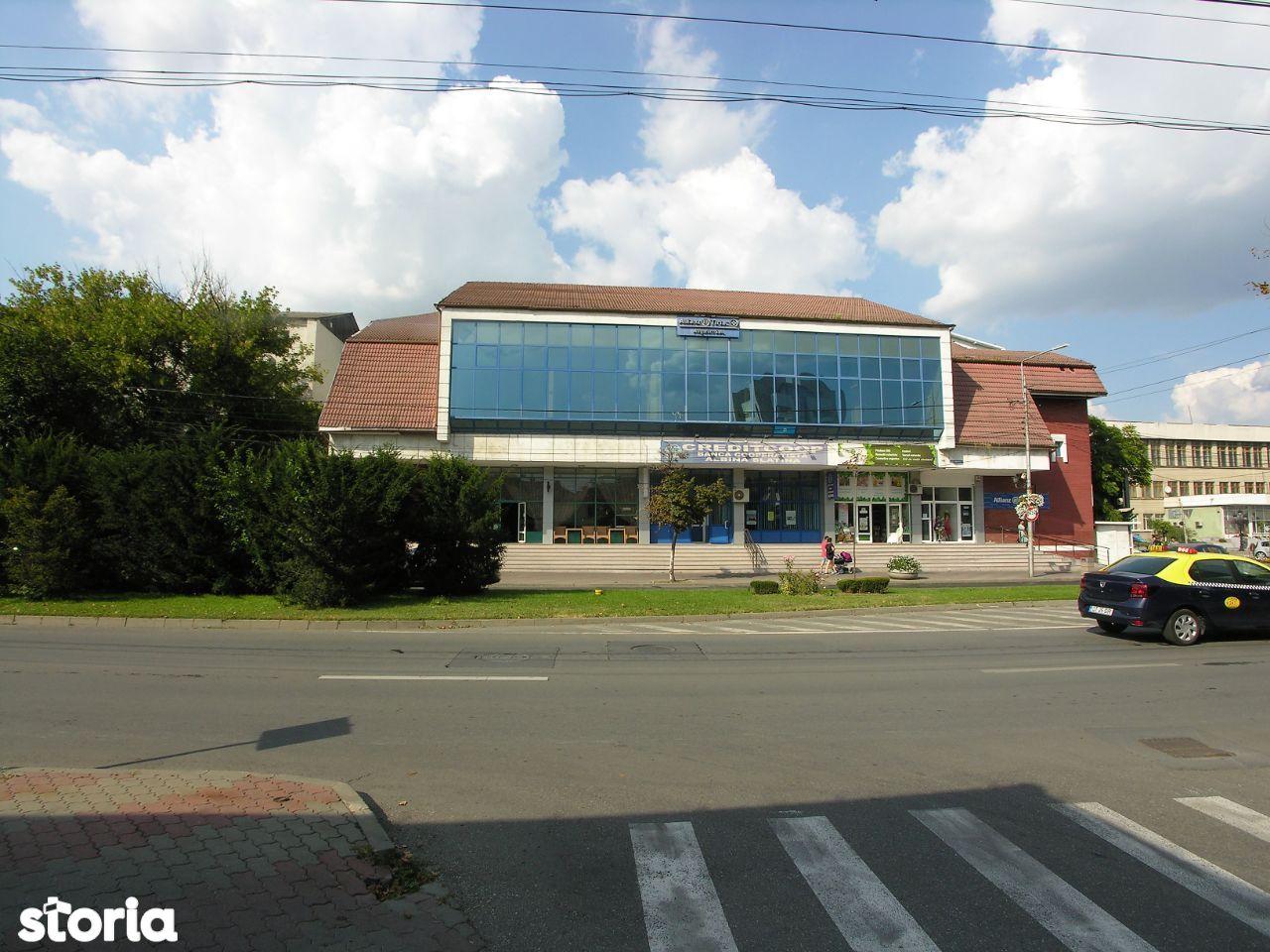 Spatiu birouri 216 mp Slatina Ultracentral