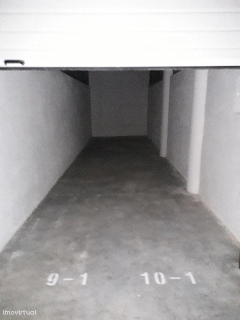 Box 2 lugares - aluguer