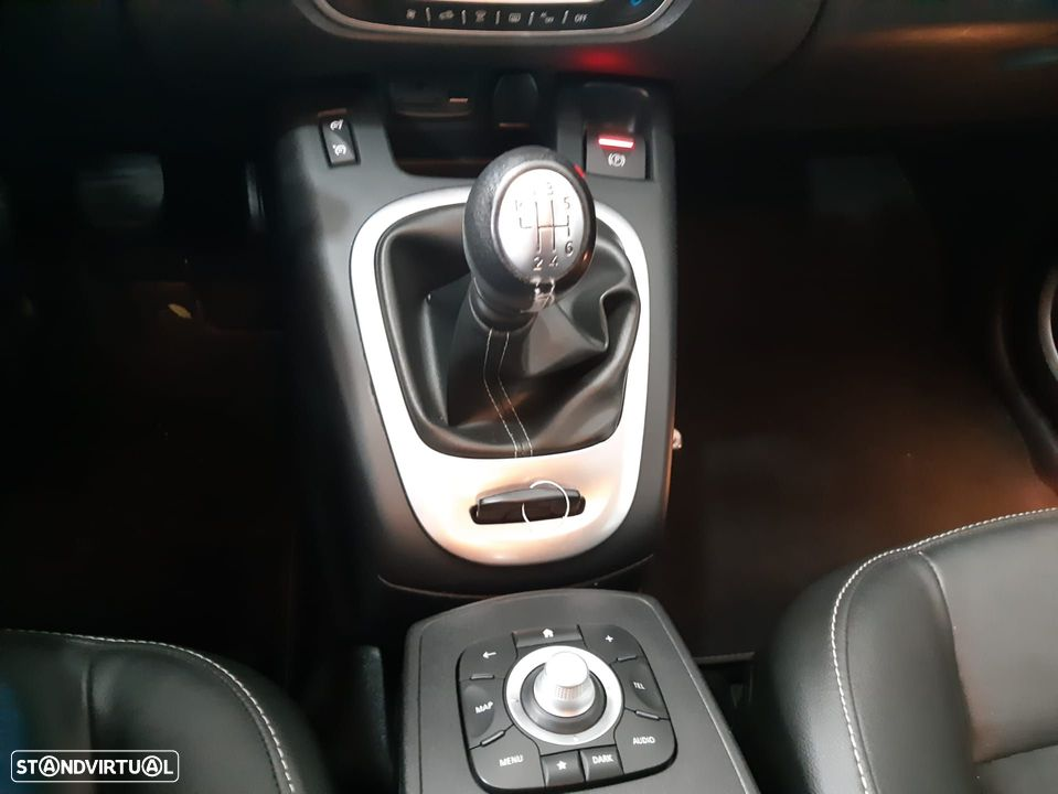 Renault Grand Scénic ver-1-6-dci-bose-edition-ss - 13
