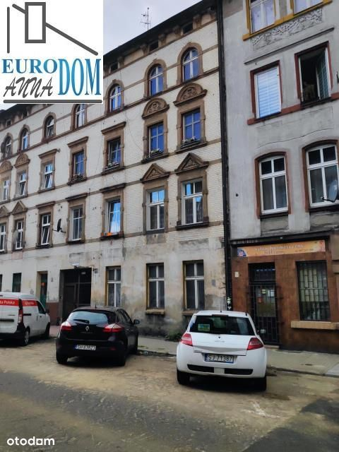 Dom, 1 000 m², Chorzów