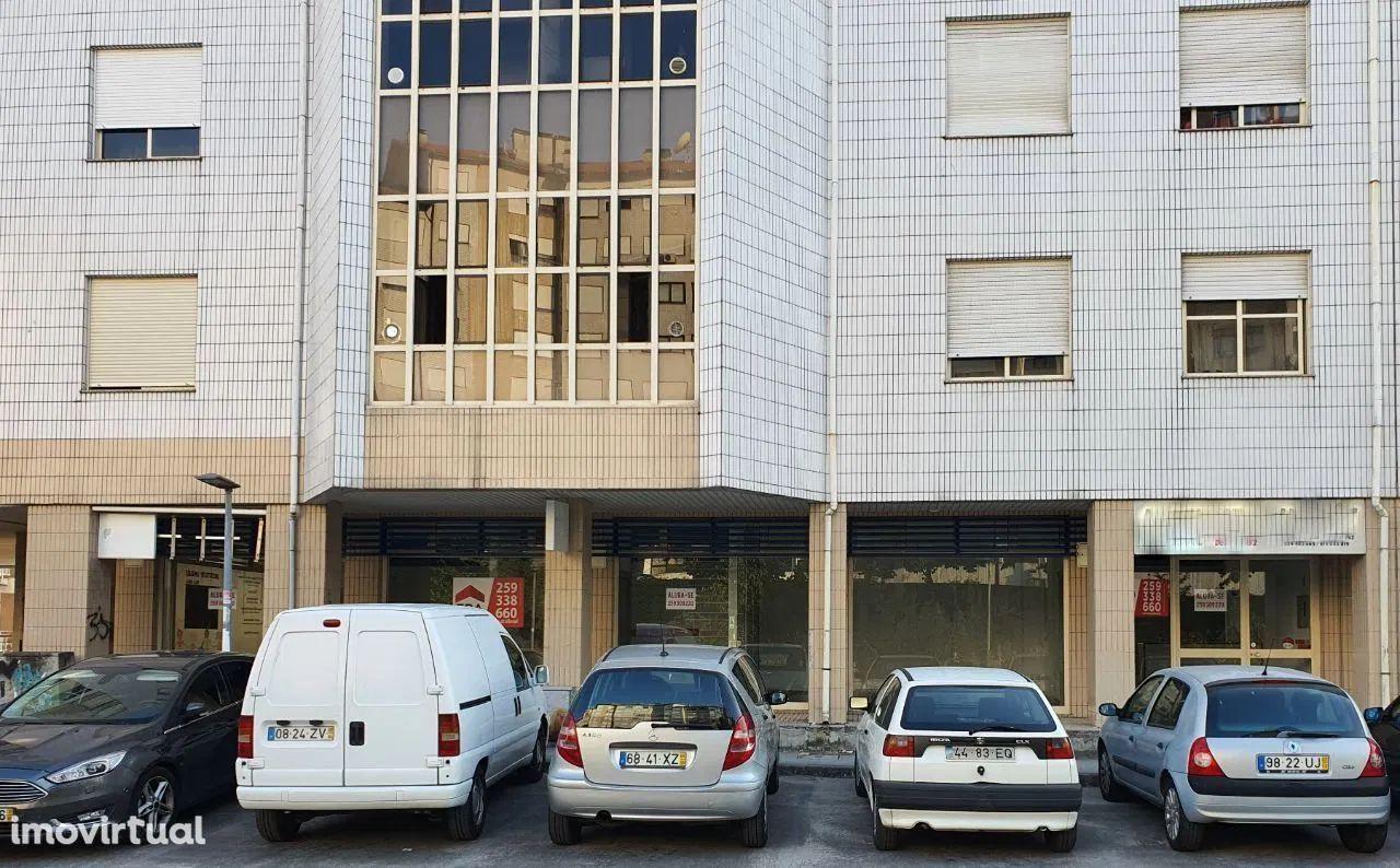 Arrendo Loja - Centro Vila Real 126m2 - Bom Estacionamento