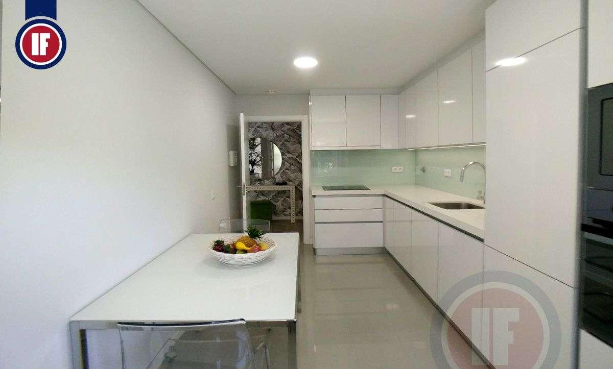 Apartamento para comprar, Rua Baden Powell - Casas do Lago, Venteira - Foto 2