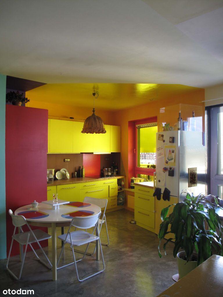 kolorowe mieszkanie na Bielanach tuż przy metrze