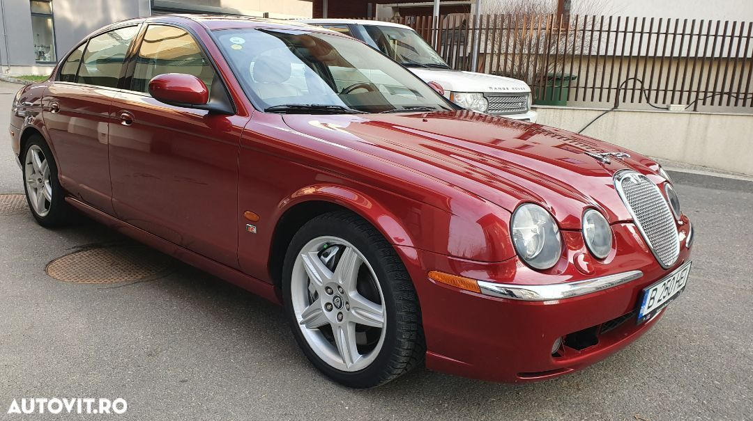Jaguar S-Type - 1