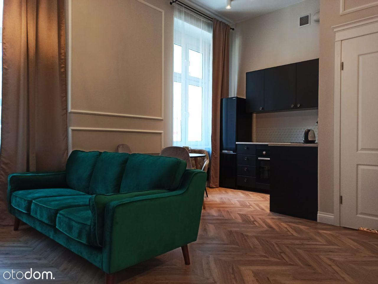 Eleganckie mieszkanie w stylowej kamienicy CENTRUM