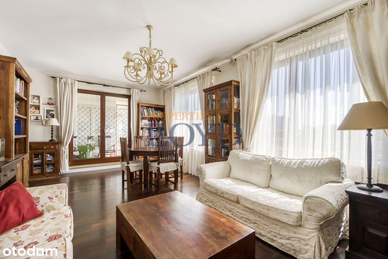 Cichy apartament z tarasem na Starym Mokotowie