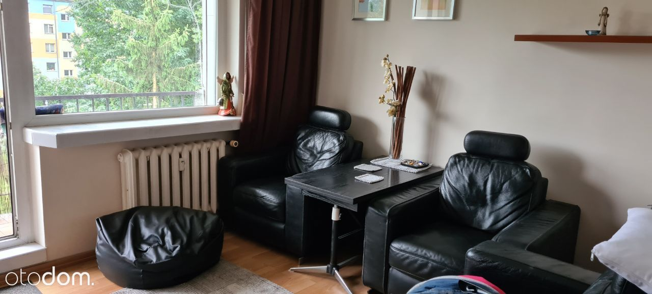 Trzypokojowe mieszkanie rozkładowe, urządzone
