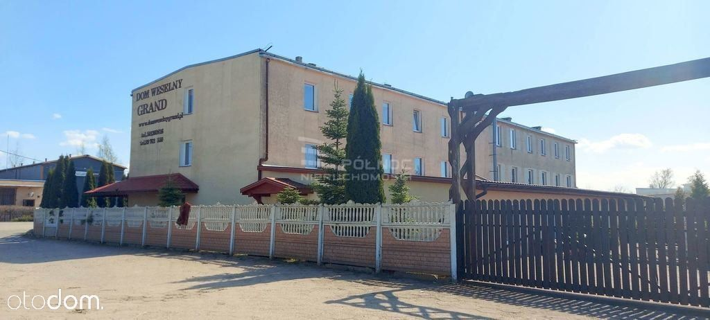 Dom Weselny z pokojami i samodzielnym mieszkaniem