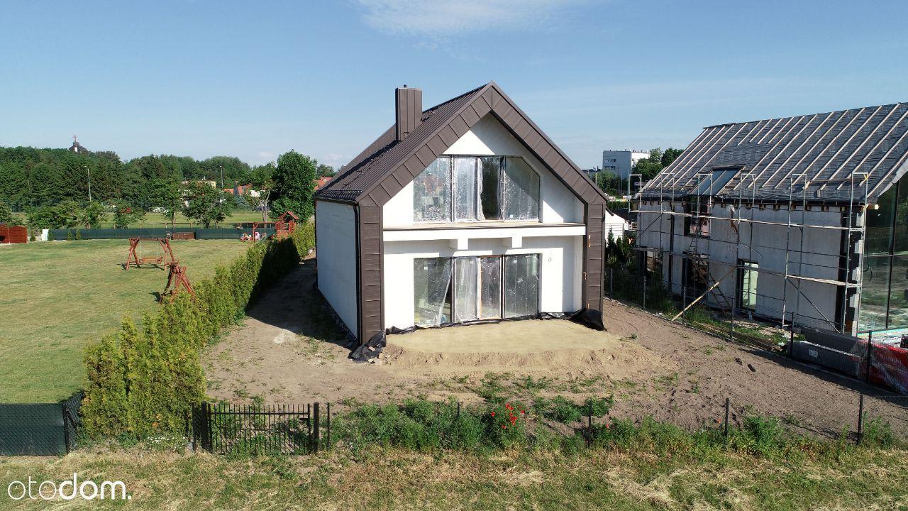 Dom nad Niegocinem