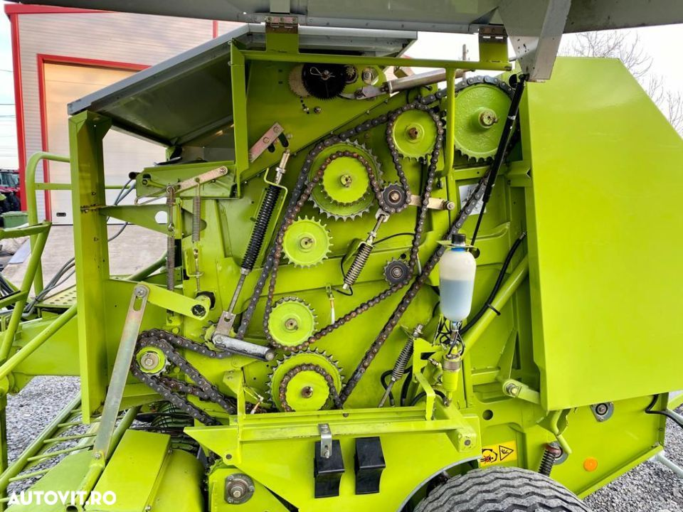 Claas Rollant 250 - 6