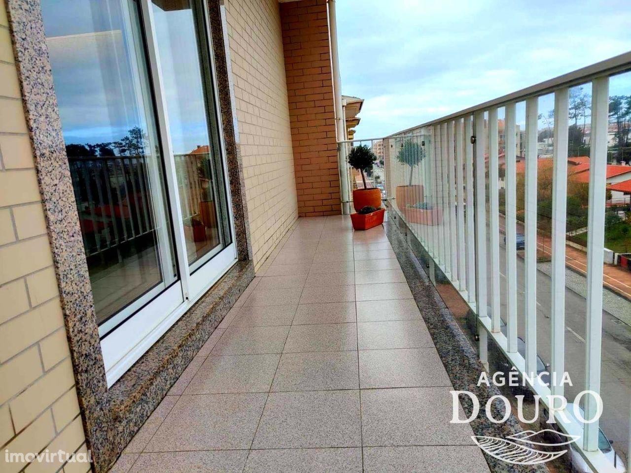 Apartamento T2 à venda , Av. da Praia - Esmoriz