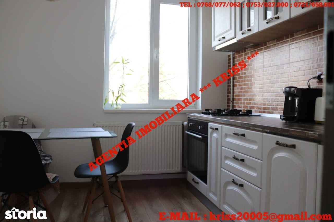 APARTAMENT 2 Camere SEMICENTRAL Confort 1 Etaj 3/4 Mobilat Utilat Lux