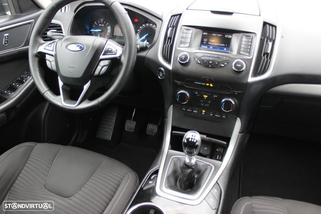 Ford S-Max 2.0 TDCi Trend - 8