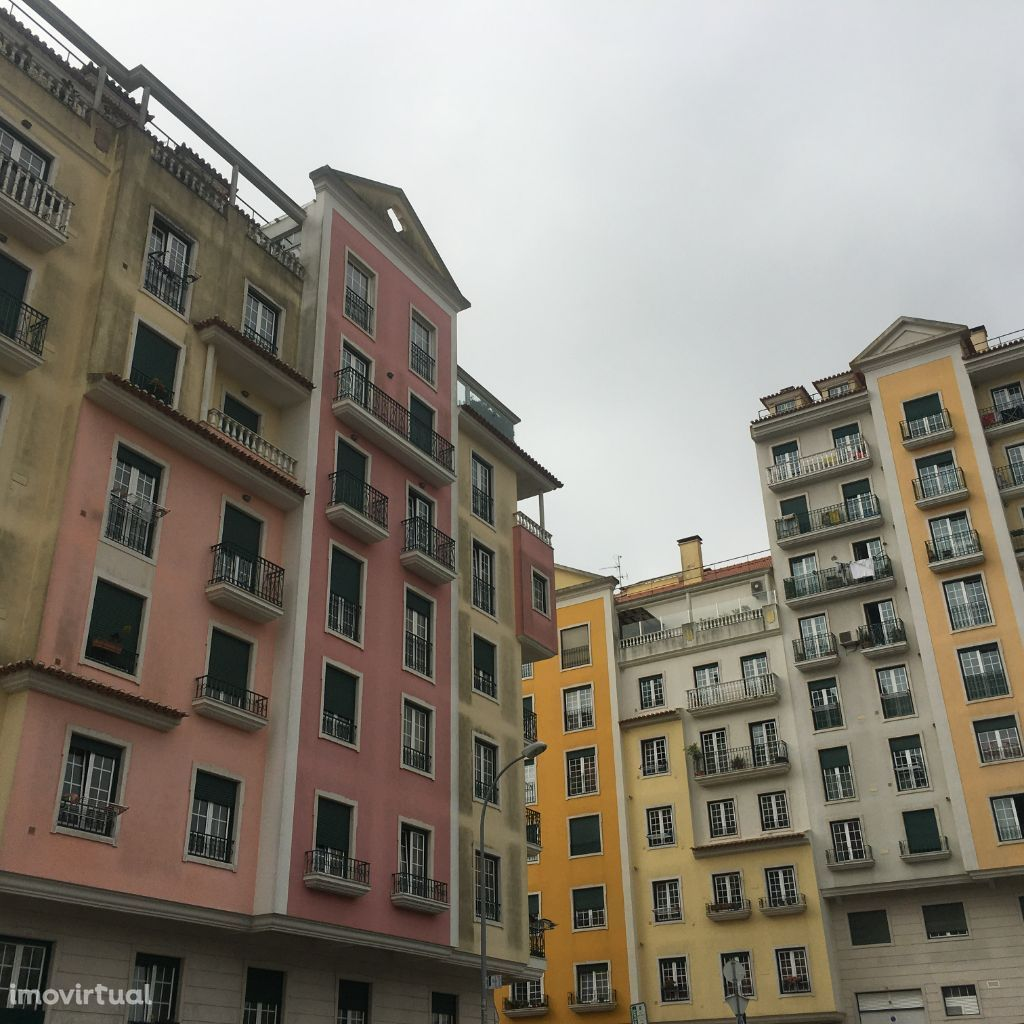 T3 novo na Urbanização Neudel