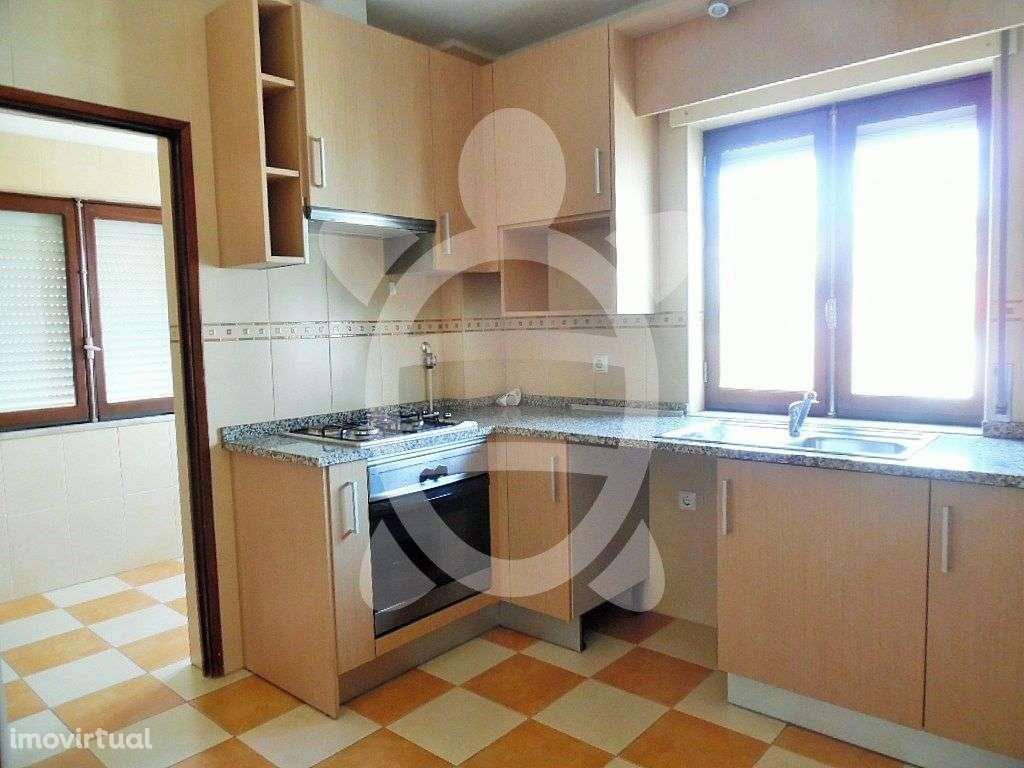 Apartamento para arrendar, Santa Catarina da Serra e Chainça, Leiria - Foto 1