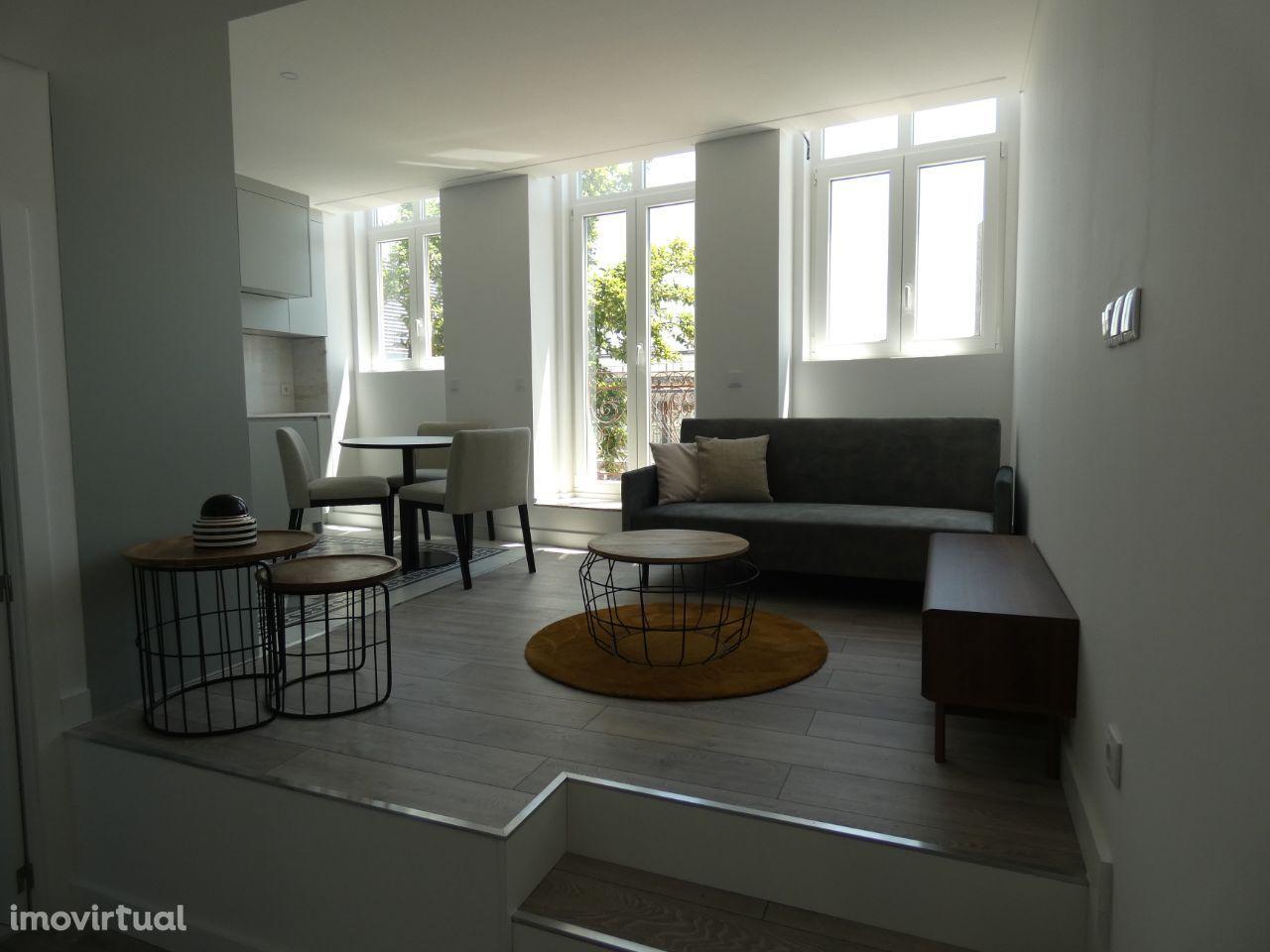 Vendem-se apartamentos junto à Estação de Campanhã!!!