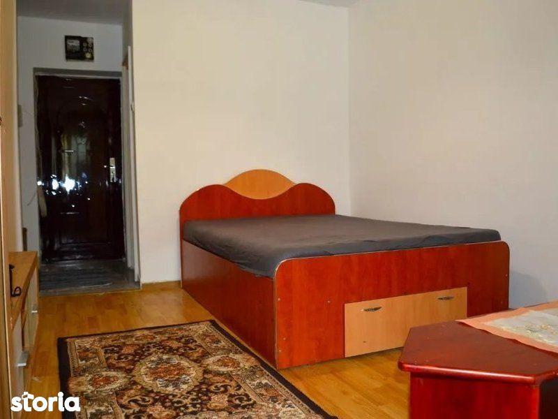 Apartament 1 camera, Nicolina, 100 m Spitalul de Recuperare
