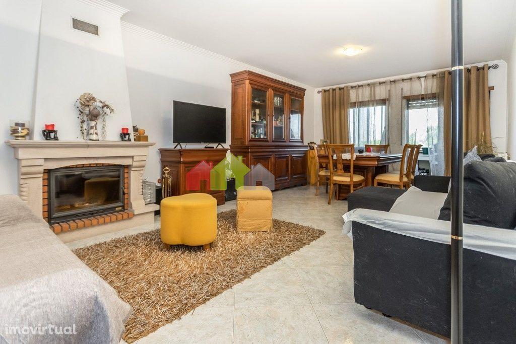 Apartamento T3 na Quinta dos Fidalguinhos – Barreiro – 170.000 €