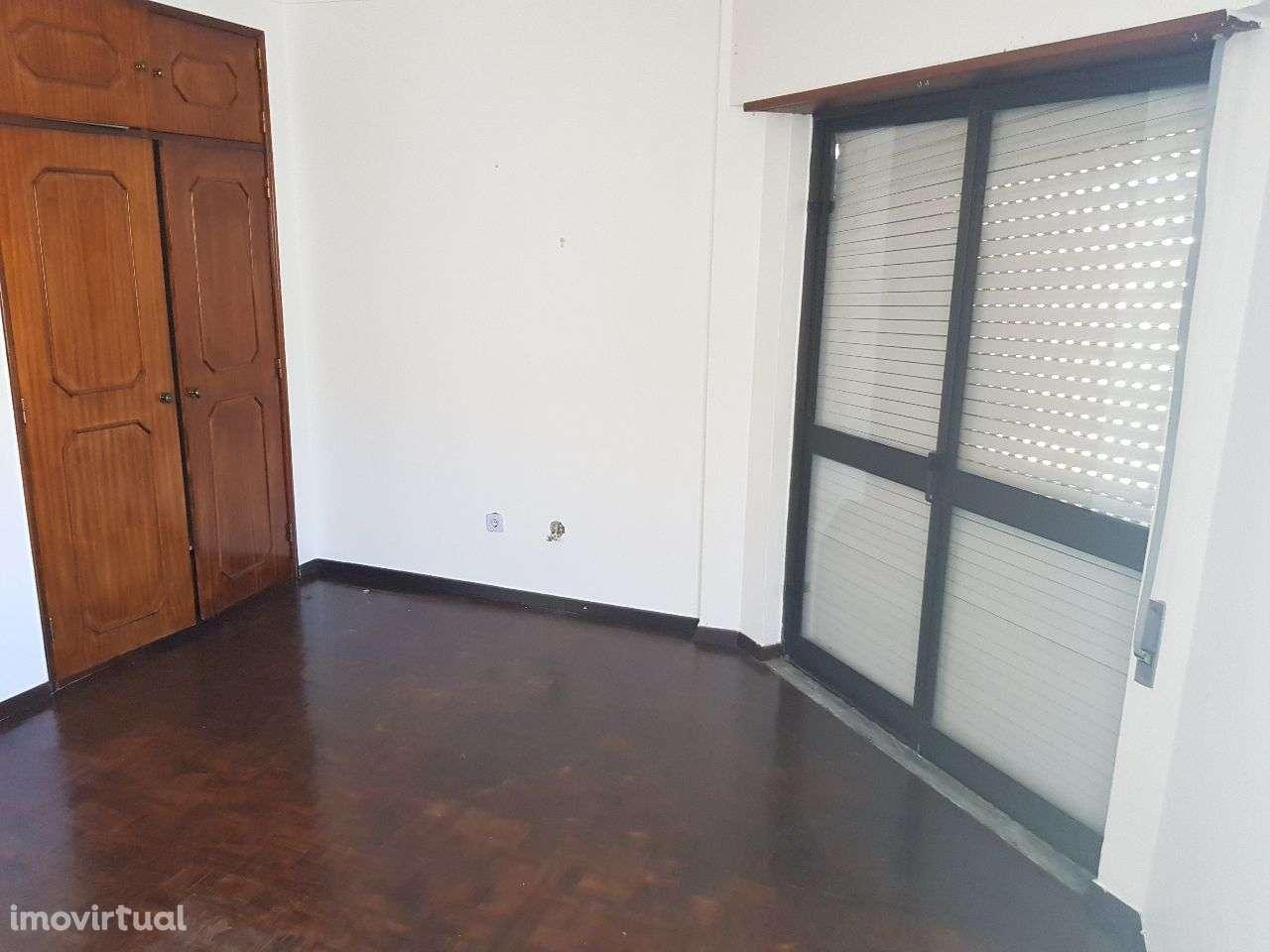 Apartamento para arrendar, Santarém (Marvila), Santa Iria da Ribeira de Santarém, Santarém (São Salvador) e Santarém (São Nicolau), Santarém - Foto 8