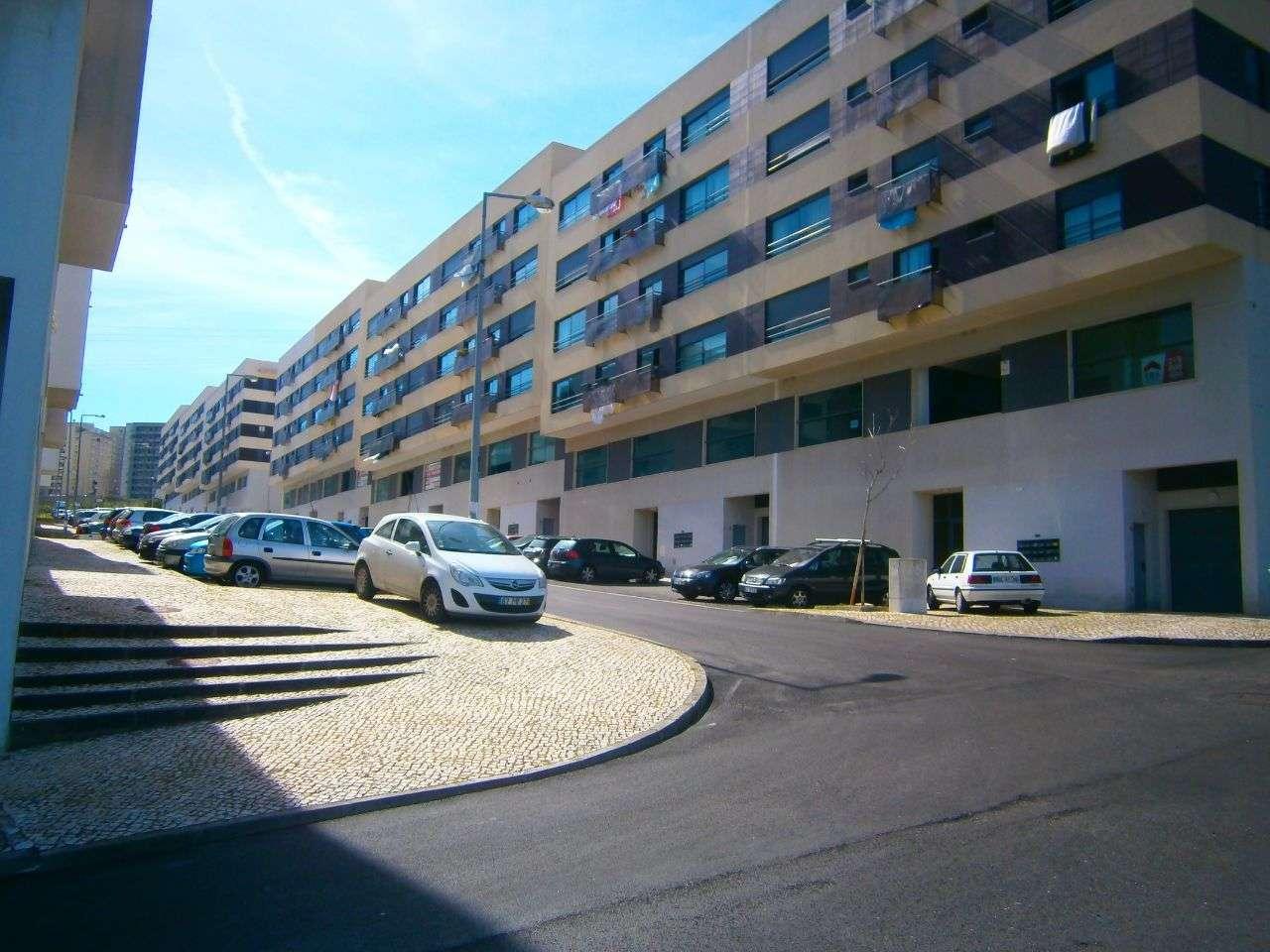 Apartamento para arrendar, Rua Sebastião e Silva, Santo António dos Cavaleiros e Frielas - Foto 10