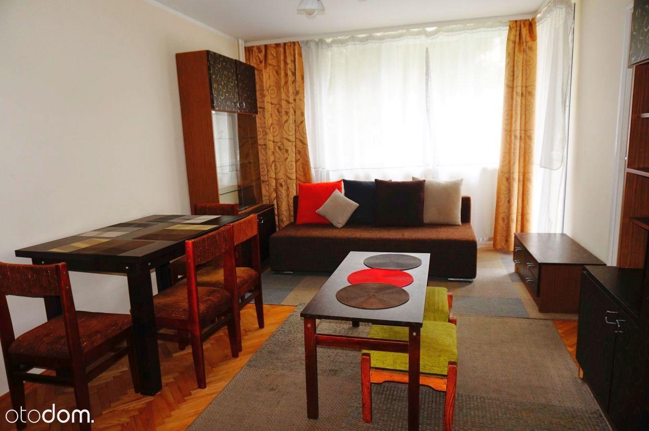 Przestronne, zadbane 3-pokojowe mieszkanie!