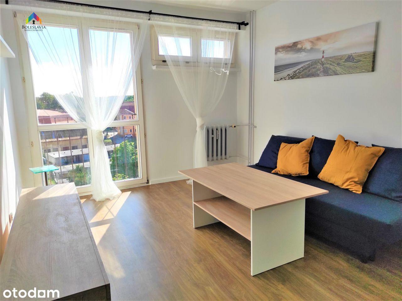 Mieszkanie, 37 m², Bolesławiec