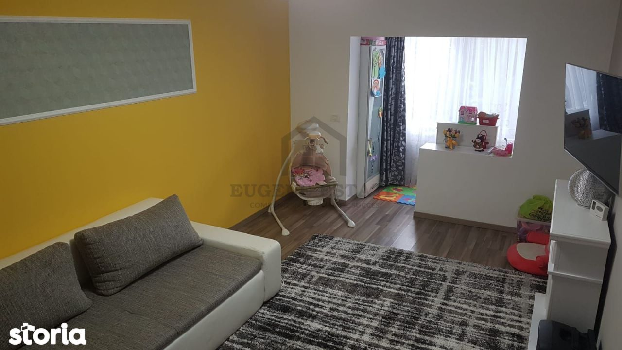 Apartament 4 camere, zona Dambovita.