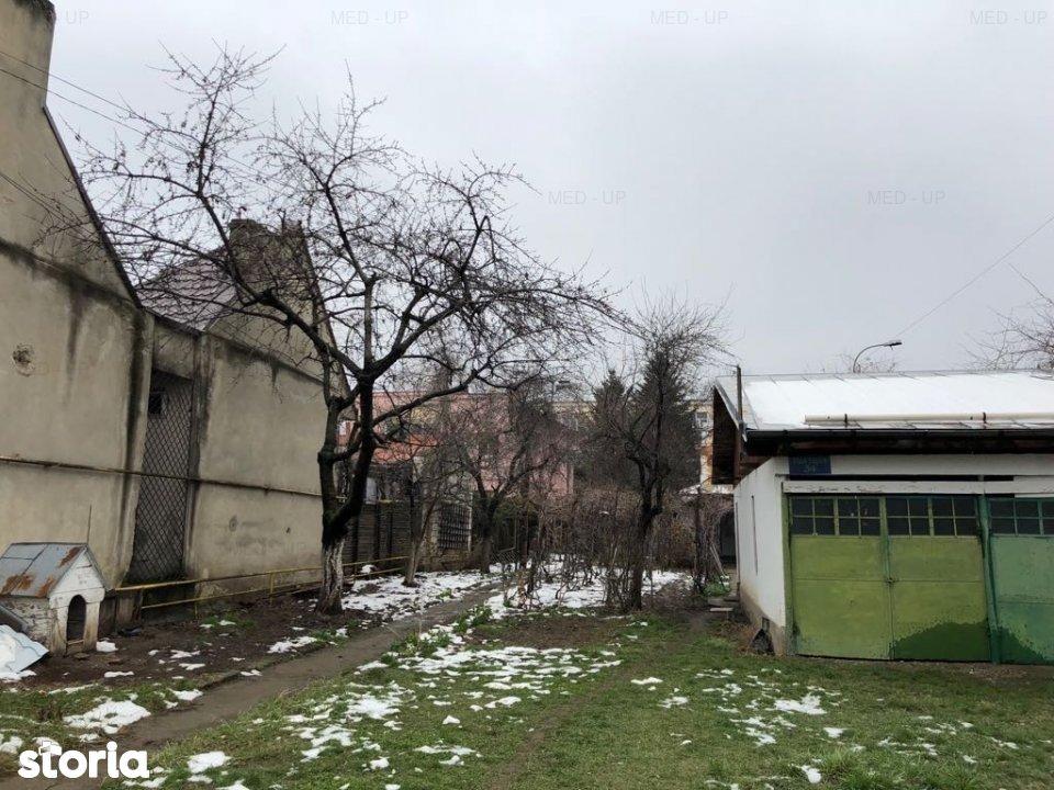 Zona Liceul Al. Ioan Cuza- teren 926mp