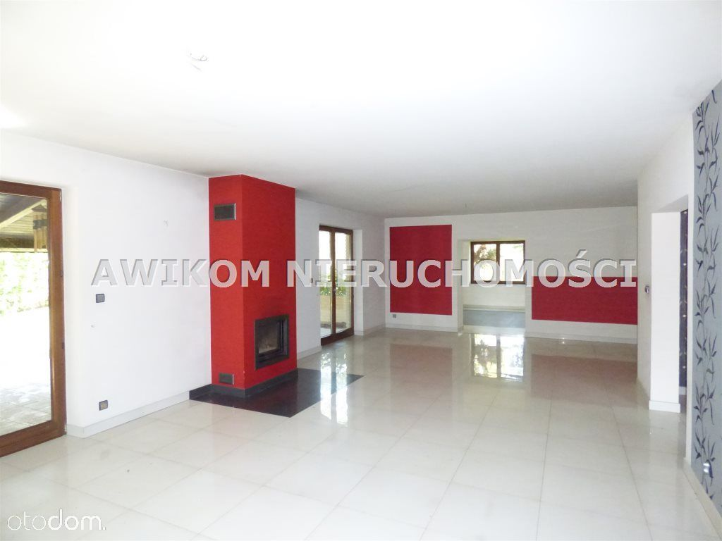 Dom, 320 m², Czarny Las