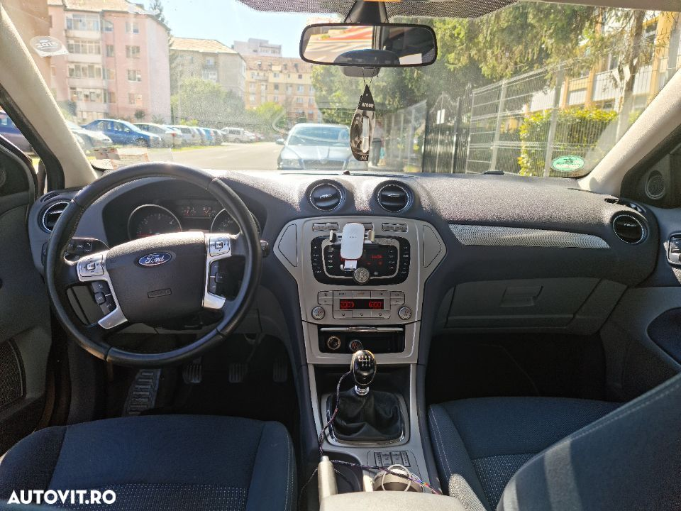 Ford Mondeo 2.0 - 2