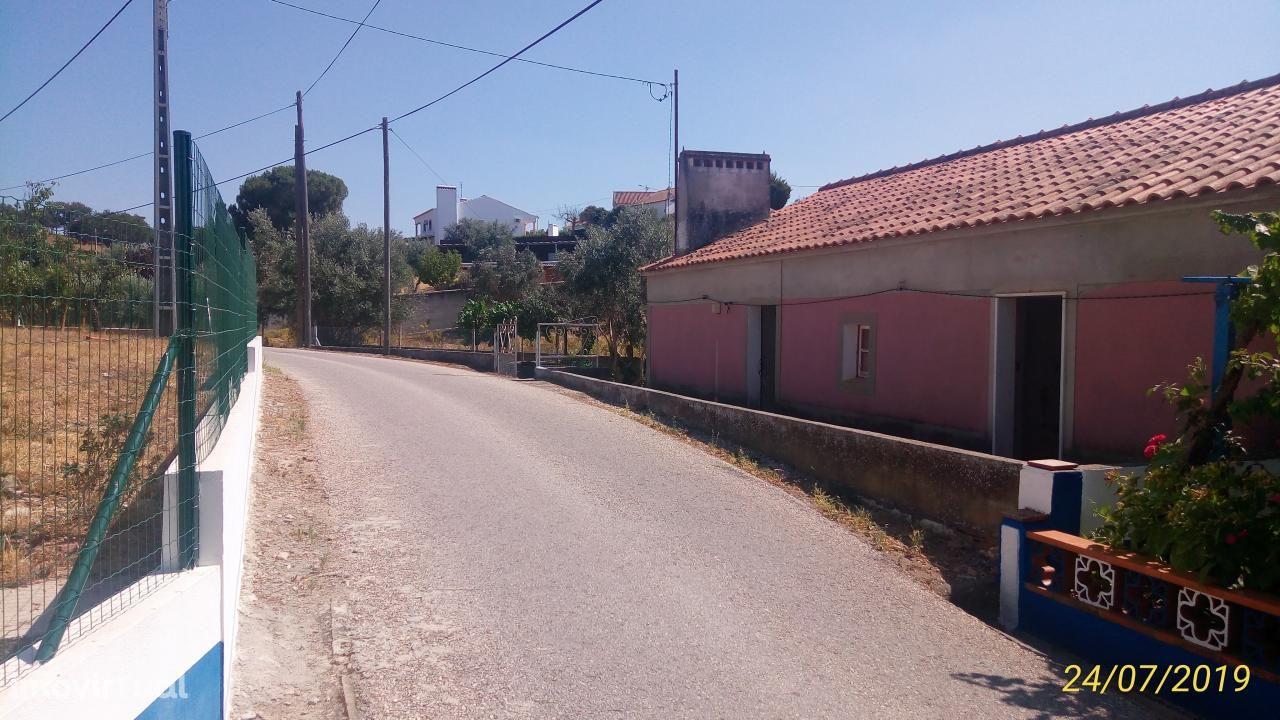 Moradia térrea T3 em Estremoz (São Bento Ameixial)