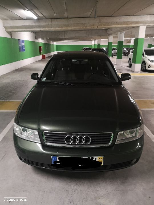 Audi A4 1.6 Attraction - 2