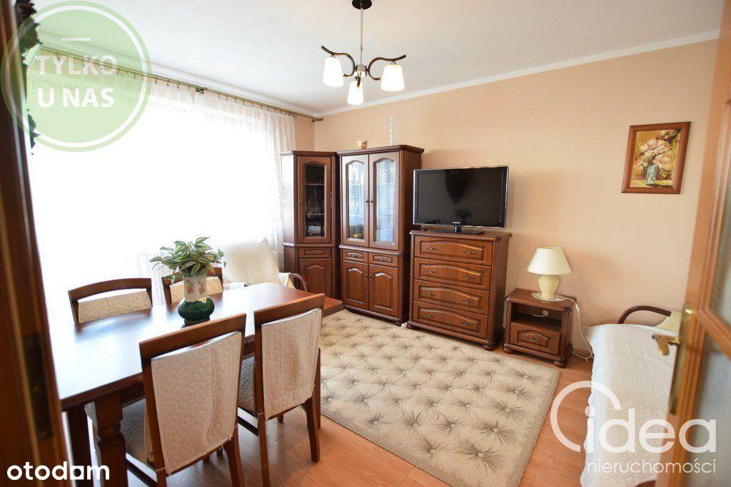 2 pokoje z balkonem + garaż, widok gratis