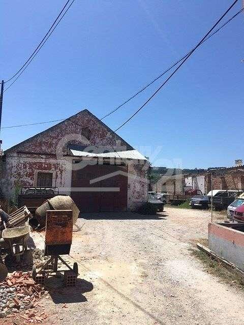 Prédio para comprar, Valado dos Frades, Leiria - Foto 2