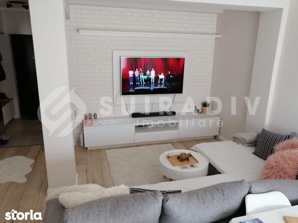 2 camere semidecomandate+ balcon deschis- VIVO