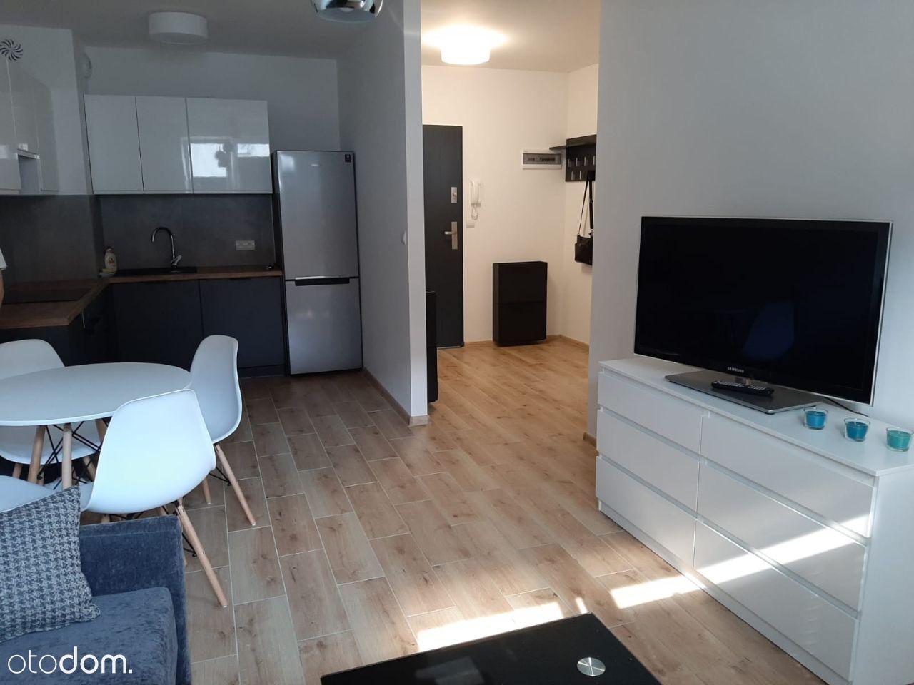 Mieszkanie 2-pok. z balkonem i miejscem postojowym