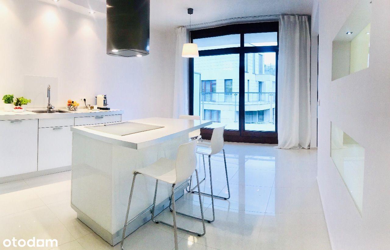 Jasny, przestronny apartament