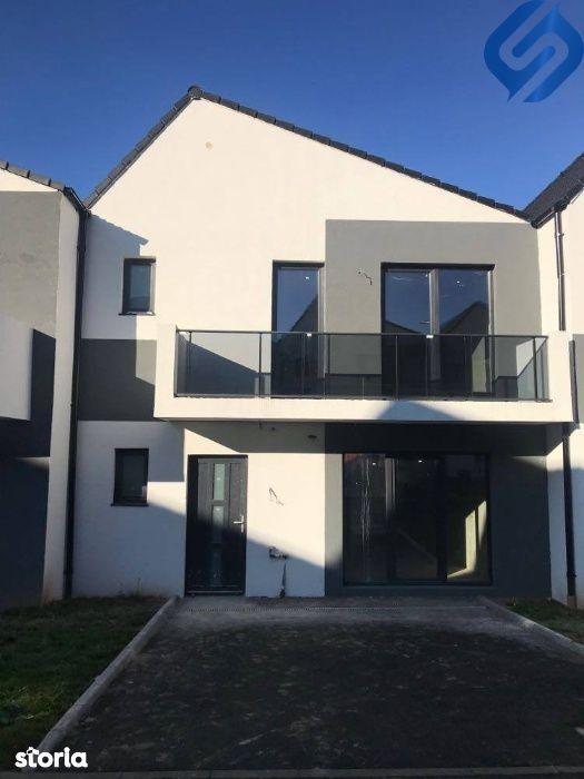casa cu 5 camere VIVO