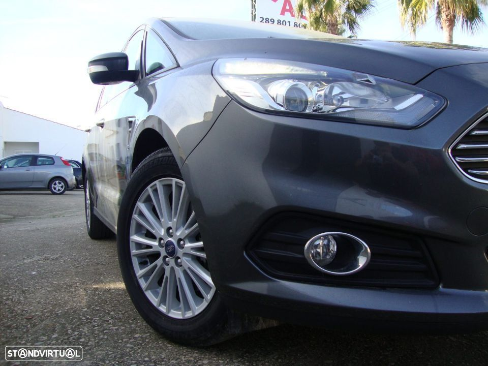 Ford S-Max 2.0 TDCi Trend - 5