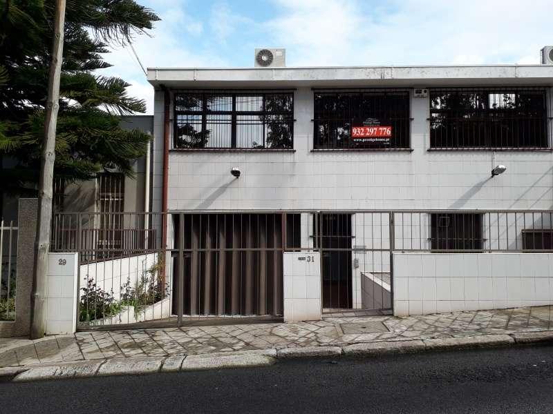 Armazém para comprar, Oliveira do Douro, Vila Nova de Gaia, Porto - Foto 1