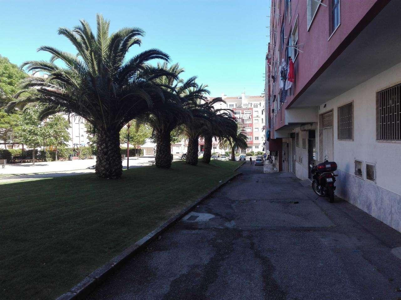 Armazém para comprar, Barcarena, Lisboa - Foto 1